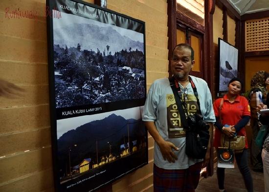 Encik Tarmizi, a Kuala Kubu Bahru historian breaking down the history of Kuala Kubu Bahru