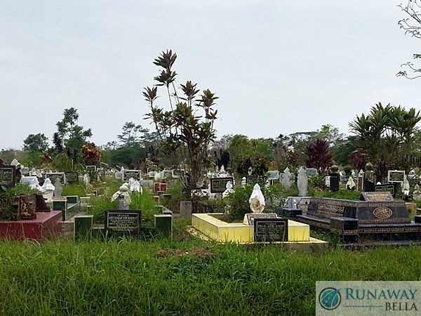 Old Muslim Graves
