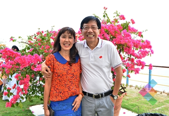 Dr. Chew Yu Gee & his wife, Melody