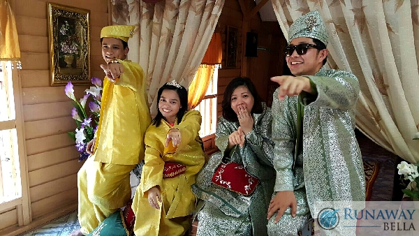 Mock Malay Wedding in Songket